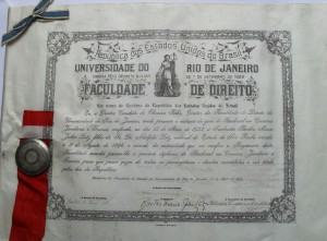 Bertha formou-se em Direito em 15 de maio de 1933 [Origem: Museu Nacional/Projeto Semear]